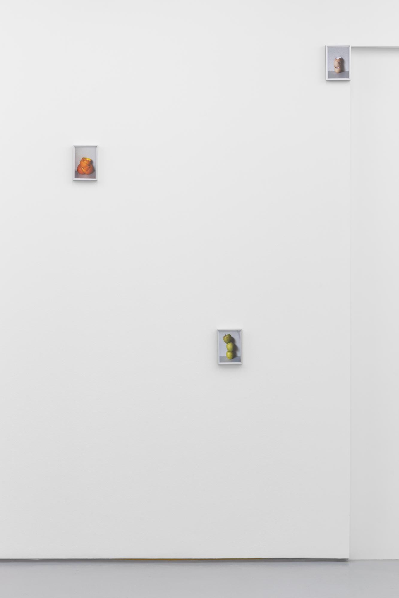 Carlos Bunga, From the series Pensar a cidade desde a cozinha, 2021 (detail). 9 chromogenic color print. 9: 16,5 x 12 cm.